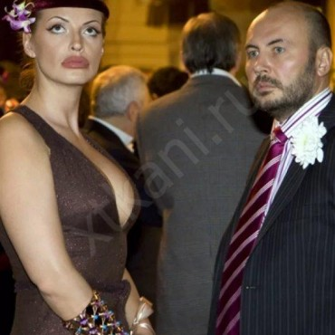Как одеваются жены миллионеров